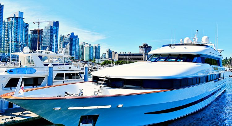 5 Must Have Accessories For Your Yacht